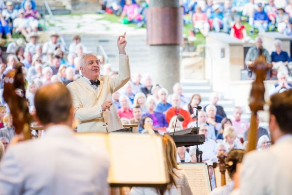 New York Philharmonic: Bramwell Tovey - Tovey Presents Cole Porter at Gerald R Ford Amphitheater